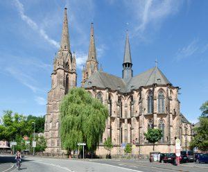 elisabethkirche_vonhinten